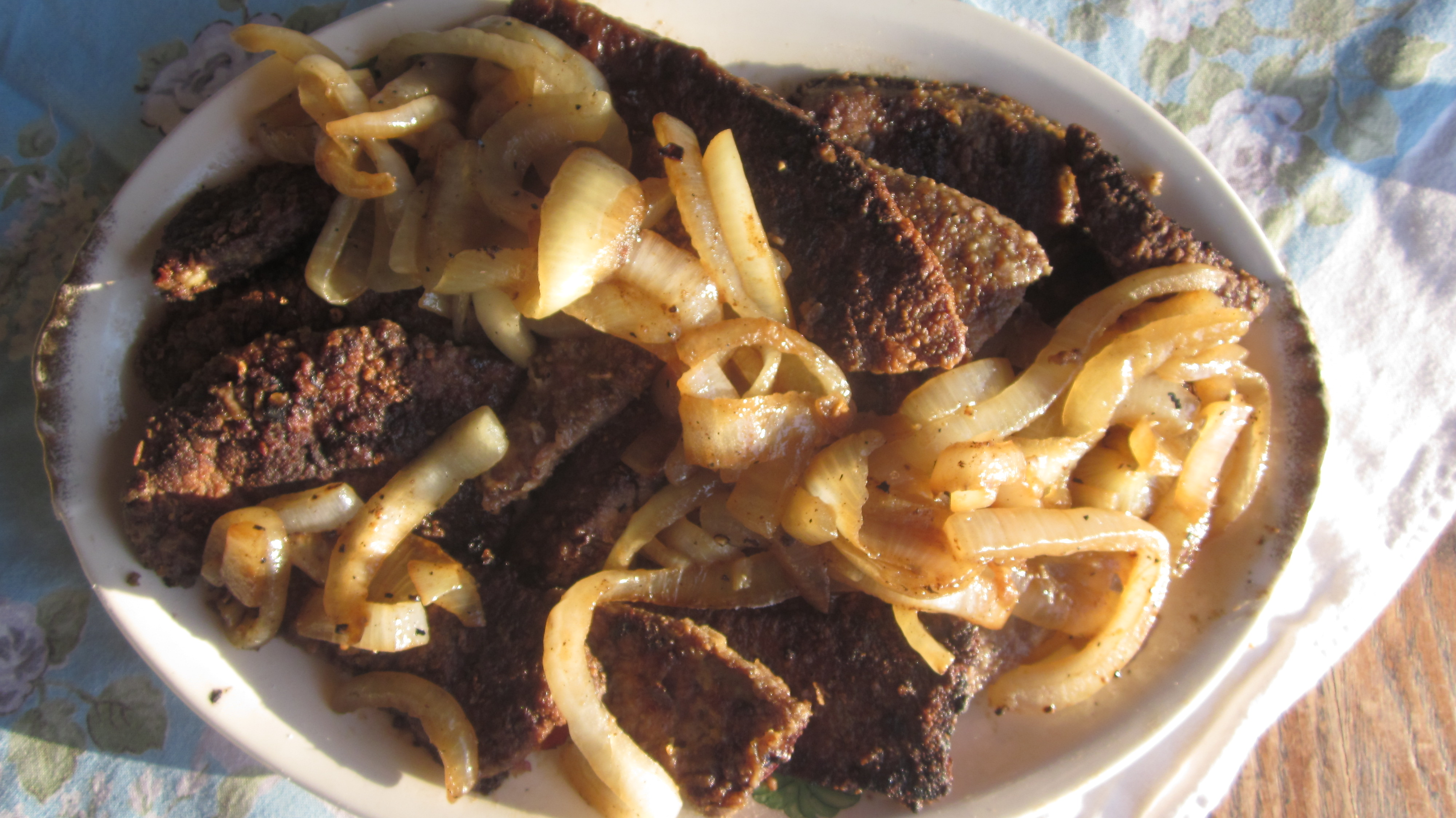 Liver and onions recipe the secret that makes it irresistible this platter of liver and onions is great served with a big green salad and forumfinder Image collections