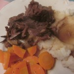 Anise-and-ginger-scented short ribs over mashed potatoes: time for comfort food!