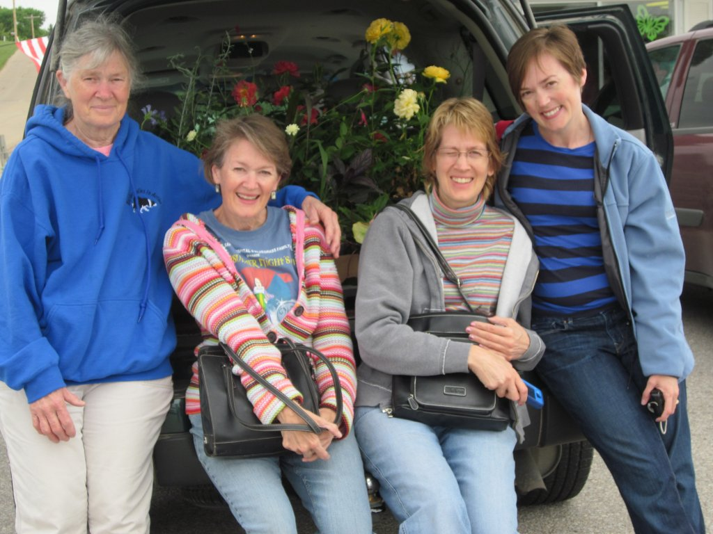 Here's our longsuffering Mom, me, Anne, and Mollie.