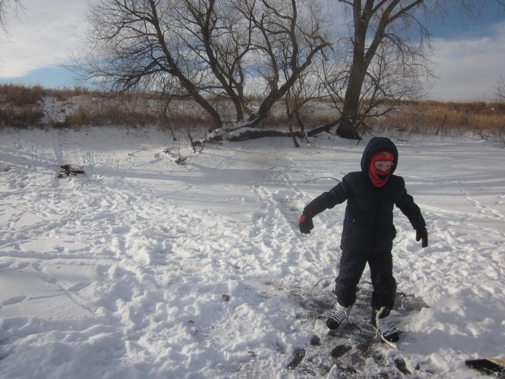 """Look, Mom! I'm skating!"""
