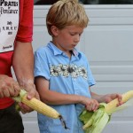 How to shuck sweet corn–fast!–from an ole' pro