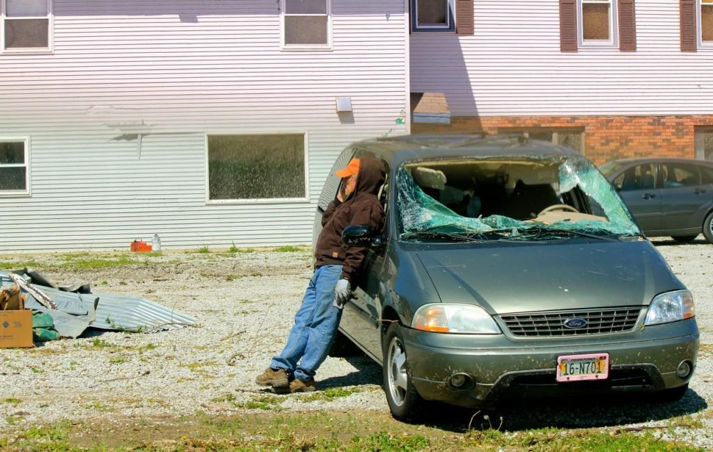 guy&windshield