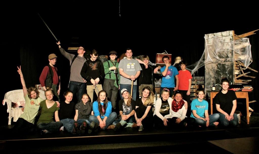 (Back) Nathan, Quinn, Adam, Luke, Ryan, Andrew, Nathan, Joseph. (Front) Amalia, Sarah, Hannah, Chloe, Jemma, Hannah, Olivia, Dani, Katelyn, Tessa. (not pictured: Maggie)